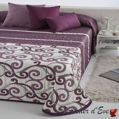 couvre lit reig marti. Black Bedroom Furniture Sets. Home Design Ideas