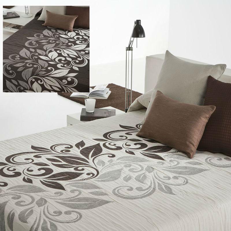 couvre lit fleuri grande taille lavable et pas cher reig marti. Black Bedroom Furniture Sets. Home Design Ideas