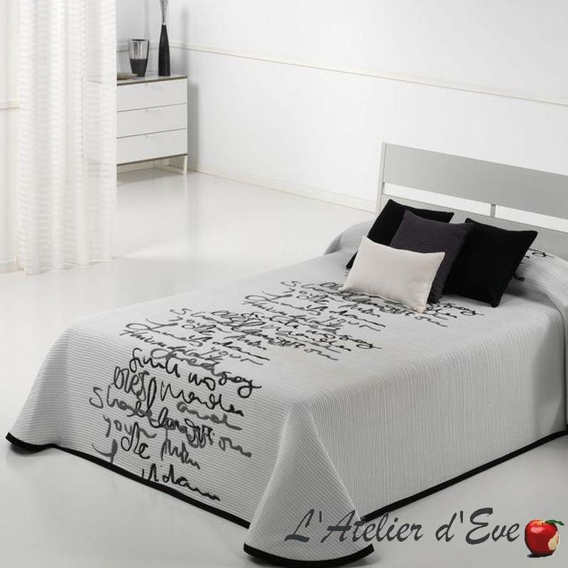 couvre lit calligraphes grande taille lavable et pas cher reig marti. Black Bedroom Furniture Sets. Home Design Ideas