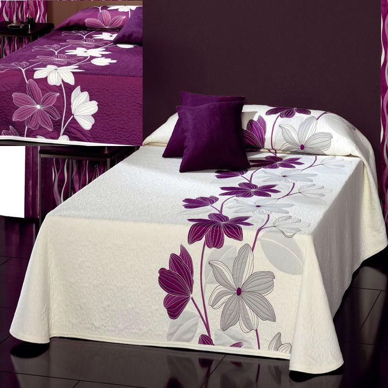 couvre lit fleuri gantyco reig marti de la finesse et du mouvement. Black Bedroom Furniture Sets. Home Design Ideas