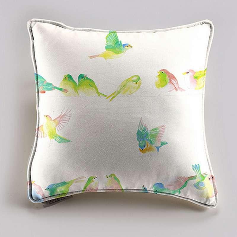 Happy birds Coussin 40x40 taie 60x60 crème Tissu coton Thevenon