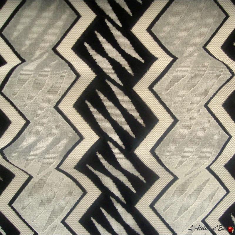 Generique (3 coloris) Tissu ameublement jacquard velours géométrique Casal