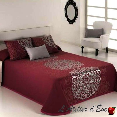 Presley (3 sizes) Border jacquard bedspread C.02 Reig Marti
