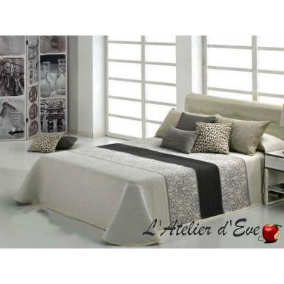 Cameron (3 sizes) Jacquard Ecru Bedspread C.01 Reig Marti