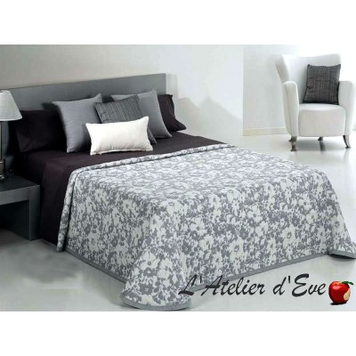 Cumel flowered bedspread Reig Marti