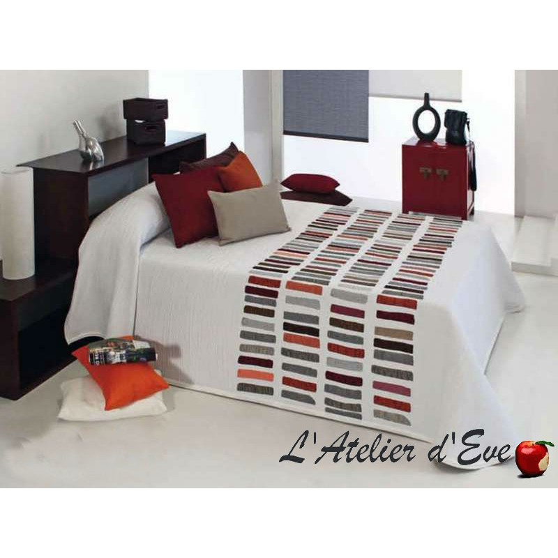 achat couvre lit graphique d couvrez le mod le chaplin. Black Bedroom Furniture Sets. Home Design Ideas