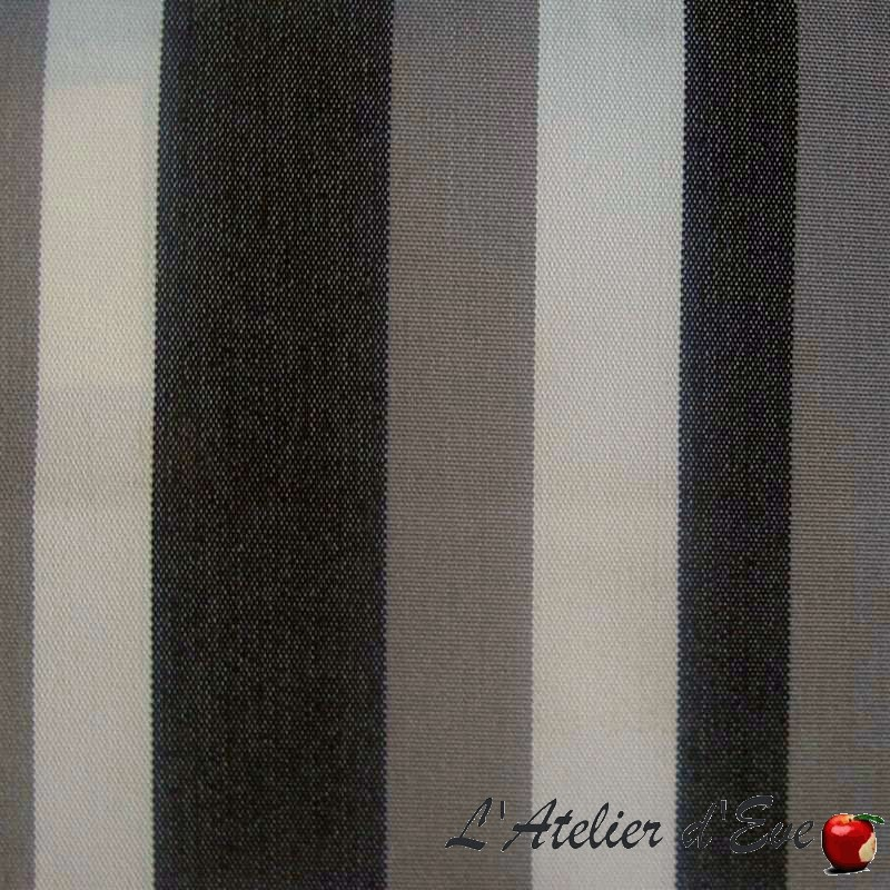 Water-repellent canvas (8 models) Outside canvas treated Teflon striped or plain The meter