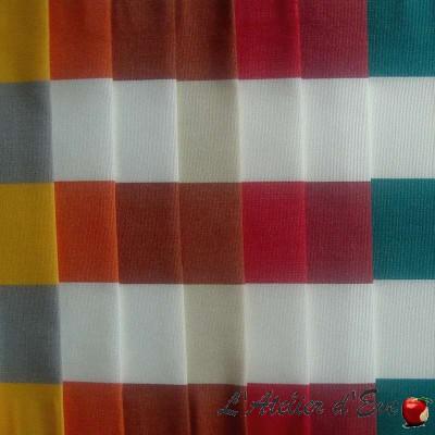 Toile extérieure (19 coloris) Bâche déperlante traitée téflon rayée A101