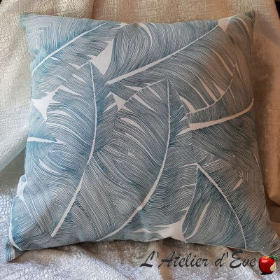 Cushion Made in France fabric Thévenon Totem lagoon