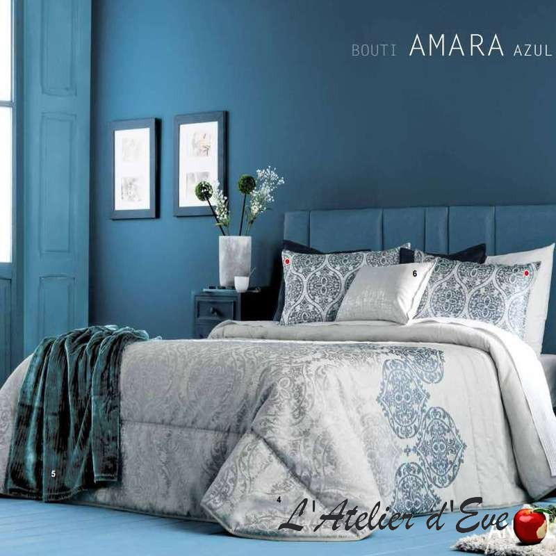 """Maki"" bedspread + Antilo cushion covers"