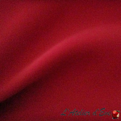 "- ""Occultant"" Tissu Blackout rouge Coupon 400x300cm"
