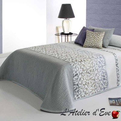 """Andrew"" Reig Marti C.08 polyester bedspread"