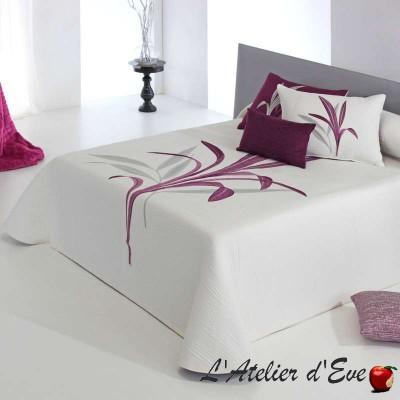 """""""Lynette"""" Couvre-lit tons de roses et bordeaux polycoton reversible fleuri Reig Marti C.09"""