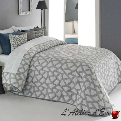 """Oksan"" Promotion white washable polyester bedspread Reig Marti C.00"