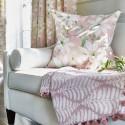 """""""Olivia"""" Tissu ameublement coton fleuri Bloom Prestigious Textiles"""