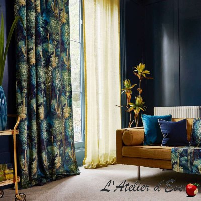 """Forbidden Forest"" Tissu ameublement velours Journey Beyond Prestigious Textiles"