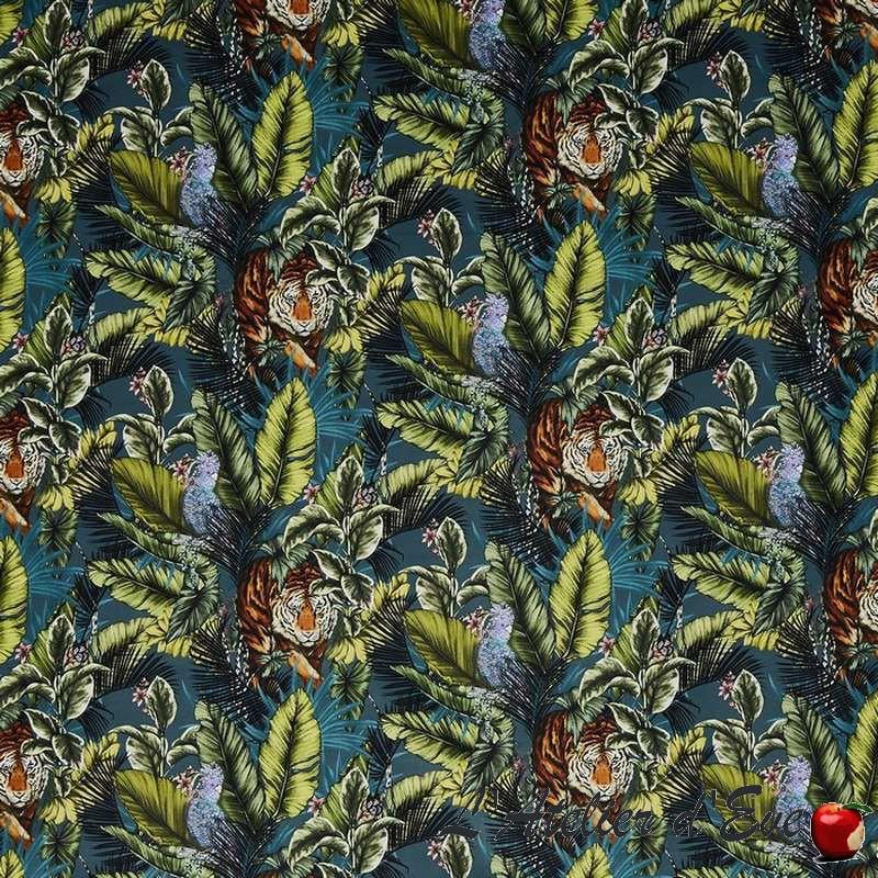 """Bengal Tiger"" Twilight Tissu velours ameublement Journey Beyond Prestigious Textiles"