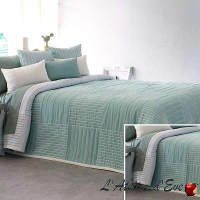 """""""Dawn"""" Couvre-lit vert d'eau jacquard lavable Reig Marti C.04"""