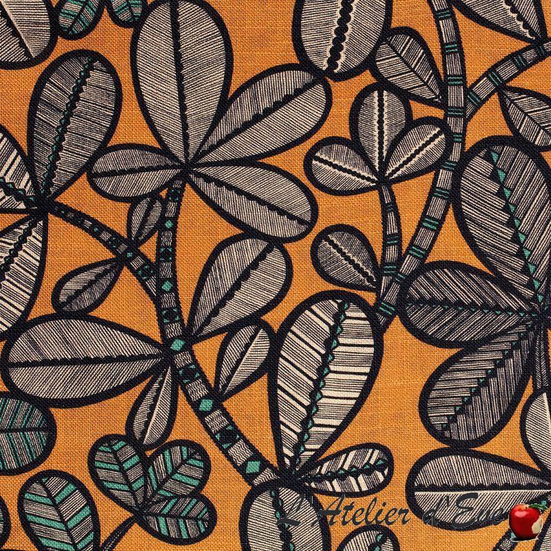 """Lima"" Flowered linen fabric Thevenon furnishing"