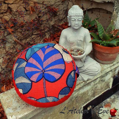 """Zafu"" Idris rouge Meditation cushion Made in France L'Atelier d'Eve"
