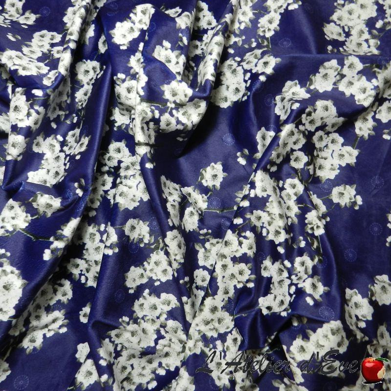 "Tissu ameublement velours ""Printemps au Japon"" bleu Thevenon"