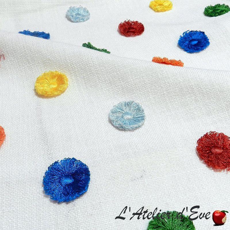 """""""Pom Pom"""" jungle - Détails - Tissu brodé pour enfant Collection Big Adventure Prestigious Textiles"""