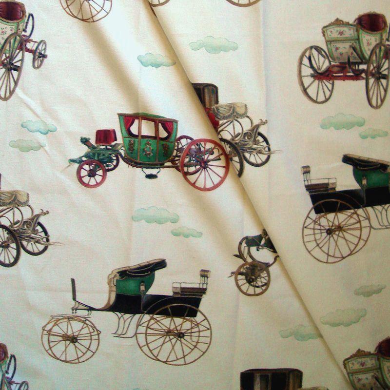 Les carrosses : Tissu ameublement 100% coton motif carosses de Thevenon en rouleau