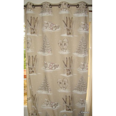 Chalet de pierre Rideau a oeillets pret a poser bachette coton fond beige 1091601A le rideau