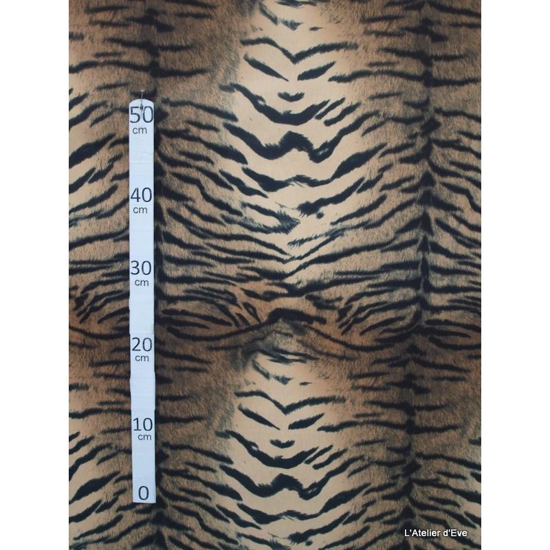 Tigre Tissu pour nappemicrofibre imitation peau de bete L.148cm Alex tissus A103-28