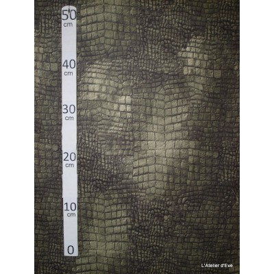 Aligator vert Tissu pour nappe microfibre imitation peau de bete L.148cm Alex tissus A103-37