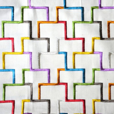 Tetris Toile ameublement brodée multicolore Thevenon