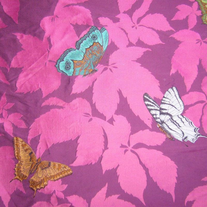 Butterfly tissu ameublement jacquard motif papillons for Tissus ameublement velours motif