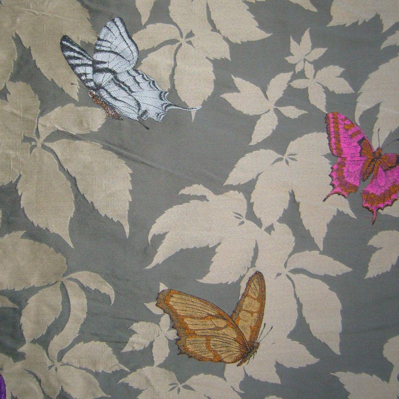 Butterfly taupe - Rideau ameublement jacquard Made in France motif papillons Thevenon
