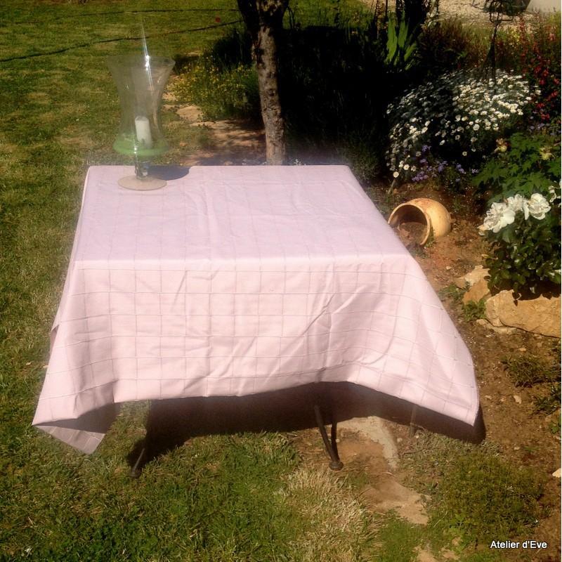 isis rose poudre nappe de table sur mesure 160x220cm 763742. Black Bedroom Furniture Sets. Home Design Ideas