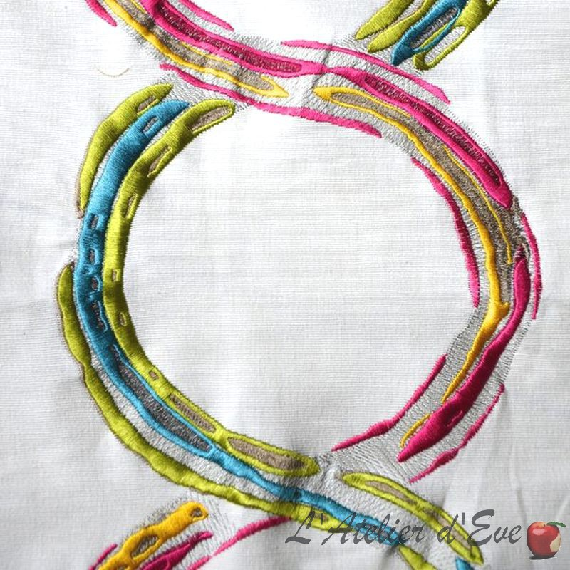 Arty Toile ameublement brode multicolore fond ecru L.137cm Thevenon le metre