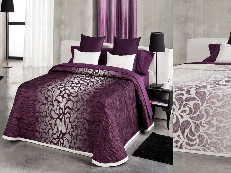 couvrelit mauve et blanc table de lit a roulettes. Black Bedroom Furniture Sets. Home Design Ideas